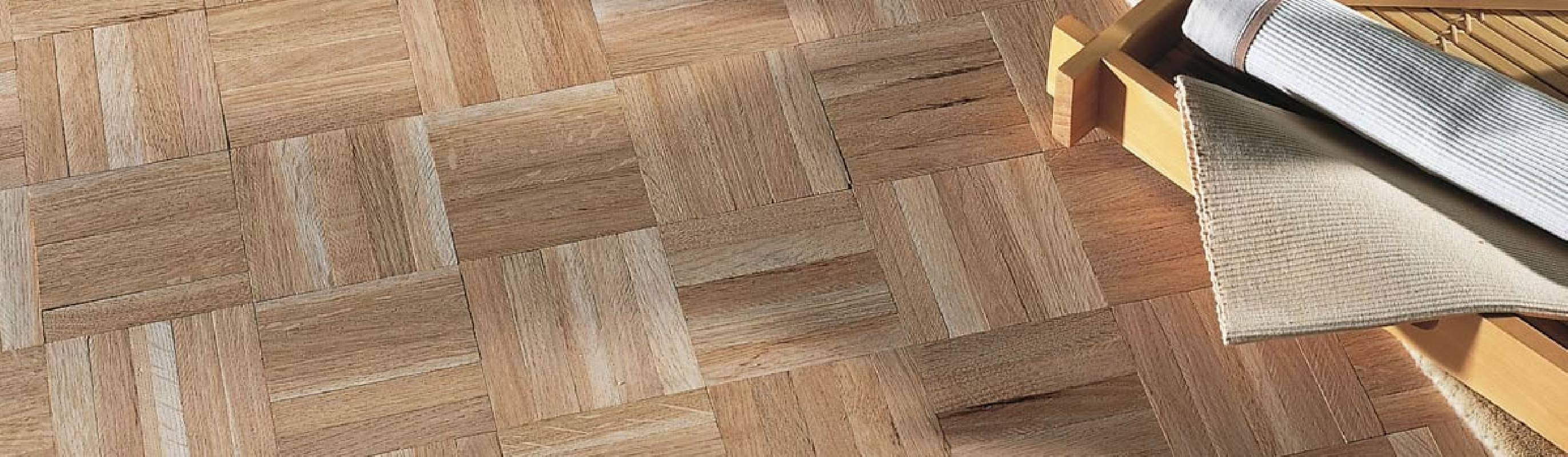 parquet massif mosaique trendy parquet mosaque chne nature damiers x x mm brut with parquet. Black Bedroom Furniture Sets. Home Design Ideas